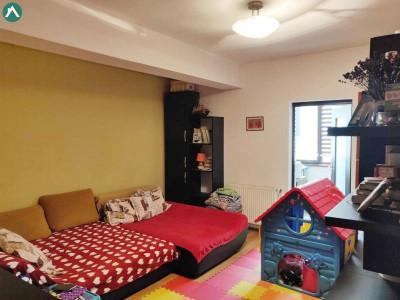 Apartament 2 camere, etaj intermediar, cartier Zorilor