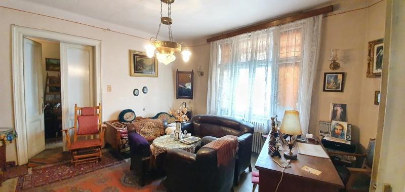 Apartament 3 camere, cladire monument istoric