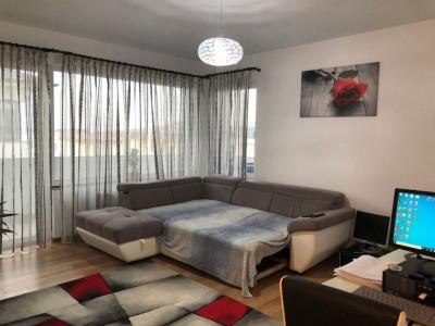 Apartament 3 camere, decomandat, 87 mp, cartier Europa.