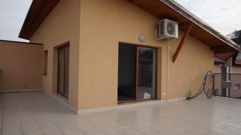 Casa cu destinatii multiple, zona Campului