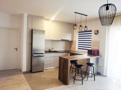 Apartament 2 camere cu gradina si parcare, cartier Buna Ziua.
