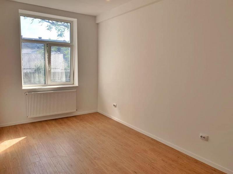 Apartament 2 camere, renovat complet, parcare, ultracentral.