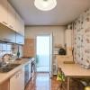 Apartament 3 camere, decomandat, etaj intermediar, zona Pod Calvaria