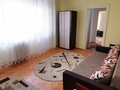 Apartament 2 camere, etaj intermediar, zona Hermes