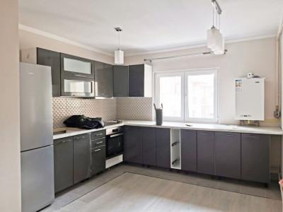Apartament 3 camere, etaj intermediar, cartier Marasti