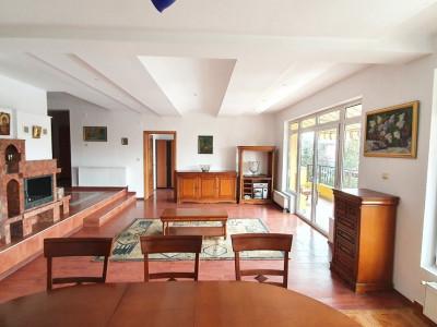 Apartament 3 camere in vila, strada Eremia Grigorescu