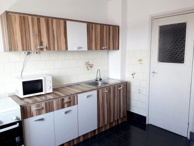 Apartament 2 camere, decomandat, zona Hotel Paradis, cartier Marasti