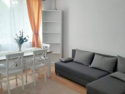 Apartament 2 camere, etaj intermediar, zona strazii Horea
