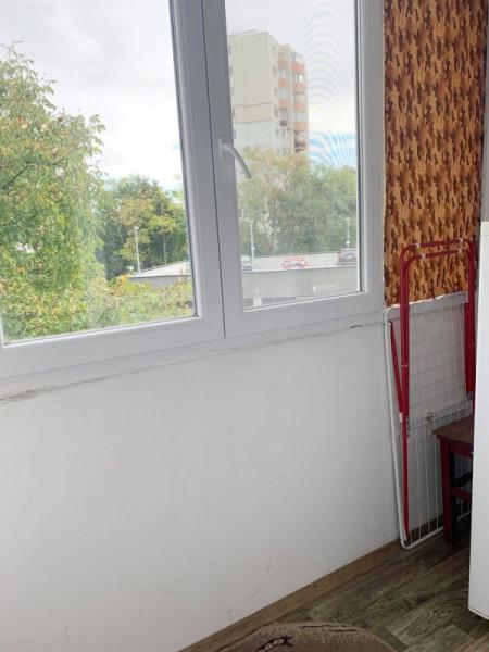 Garsoniera de inchiriat, etaj intermediar, cartier Manastur