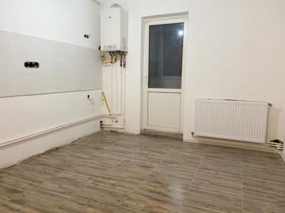 Apartament 2 camere, decomandat, zona strazii Primaverii, cartier Manastur.