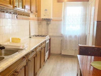 Apartament 3 camere, decomandat, zona strazii Bulevardul Nicolae Titulescu.