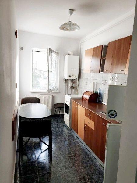 Apartament 1 camera, 42 mp, zona Iulius Mall