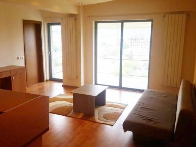 Apartament 2 camere, etaj intermediar, 2 locuri parcare, zona, Spitalul Clujana.