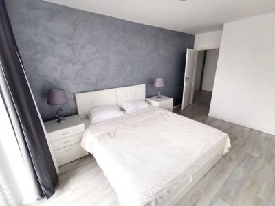 Apartament 3 camere, mobilat si utilat, 2 parcari, zona Calea Turzii.