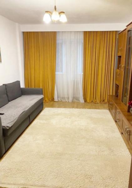 Apartament 2 camere, decomandat, etaj intermediar, cartier Intre Lacuri.