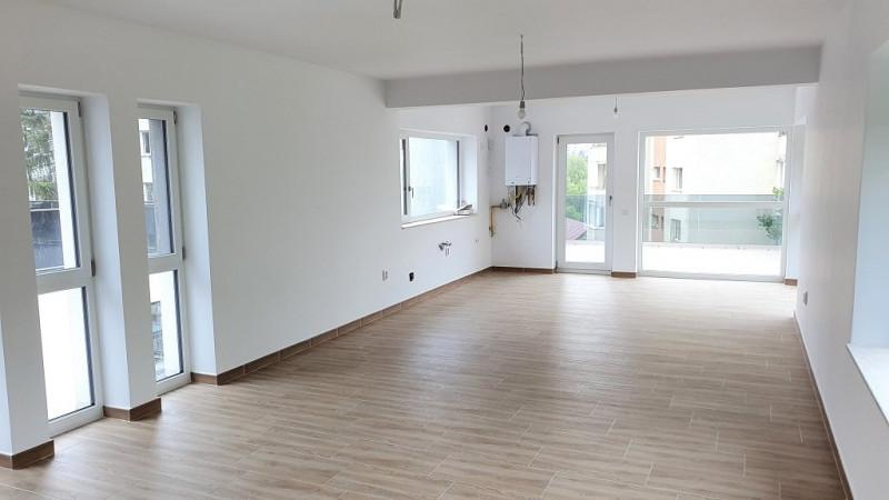 Apartament 4 camere, imobil tip vila, cartierul Grigorescu