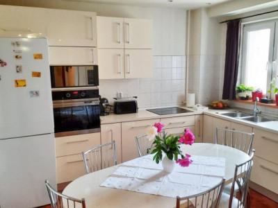 Apartament 3 camere, decomandat, etaj intermediar, cartier Marasti.