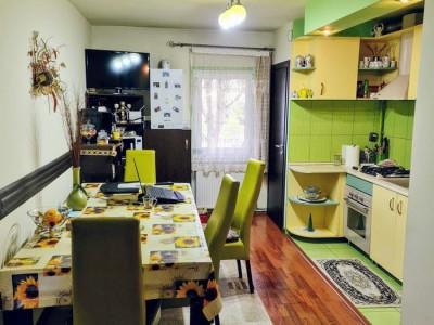 Apartament 3 camere, decomandat, cartier Marasti.