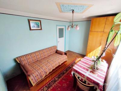 Apartament 2 camere, decomandat, etaj intermediar, zona Iulius Mall